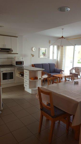 50 mts de la playa, Oliva, apartamento para 6 - OD_2, vacation rental in Pego