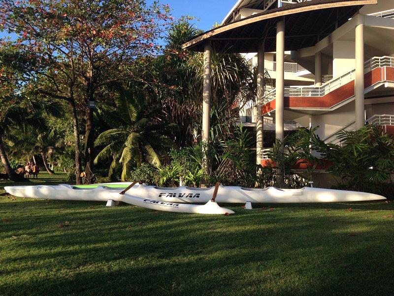 The vaa'a, the Tahitian canoe