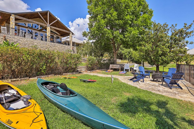 Experience Granbury from this vacation rental house on the lake.