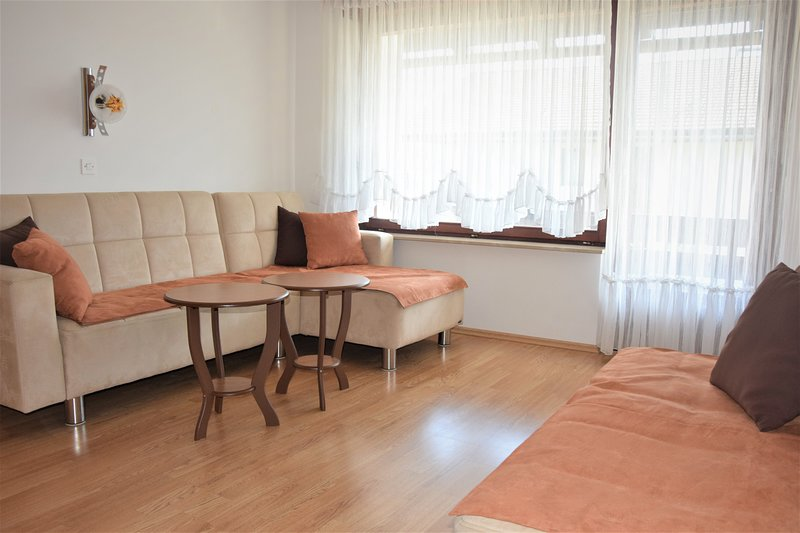 apartment Bled A2, holiday rental in Zirovnica