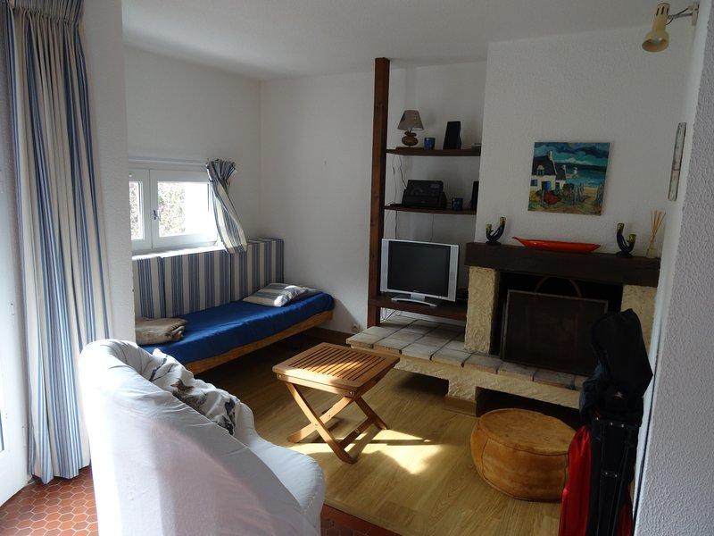 Nice house with garden & terrace, vacation rental in Ploemel