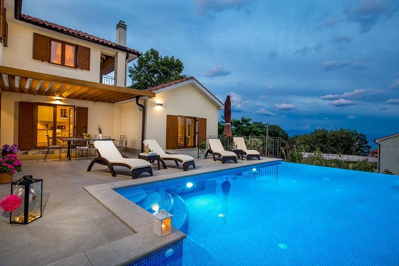 Villa Dana *****, vacation rental in Opatija