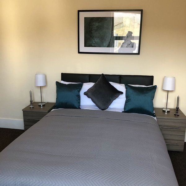 Aspley Guestrooms - Bedroom 1, holiday rental in Renhold