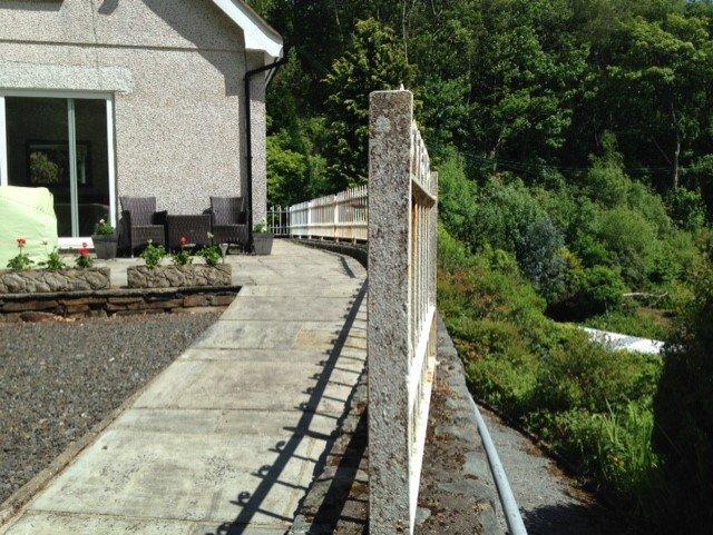 ramp walkway to house
