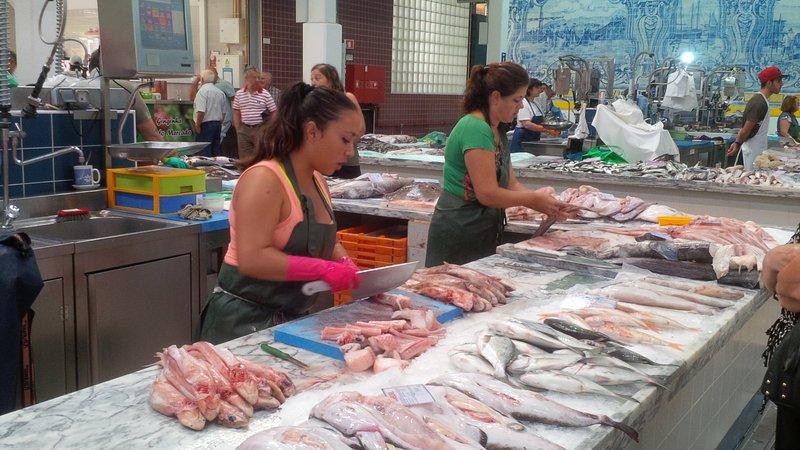 Livramento Market. Fishmongers.