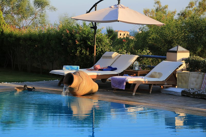 Villa Grejo, opulent mansion with pool, by JJ Hospitality, holiday rental in Kosta