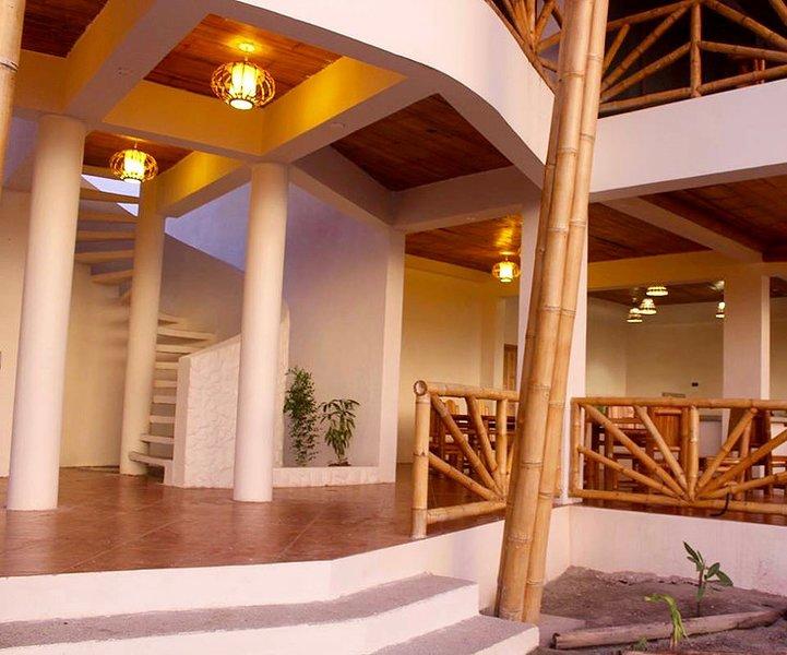 2-Robinson Crusoe's Paradise Tropical Beach, holiday rental in Esmeraldas Province