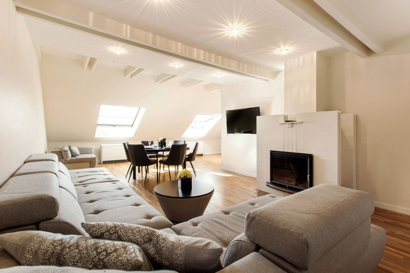 Modern Penthouse in the City Center, holiday rental in Paberze
