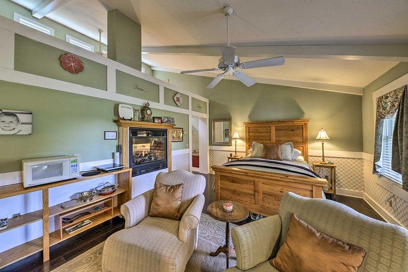 ¡Explora el valle de Shenandoah desde esta romántica casa de alquiler de vacaciones!