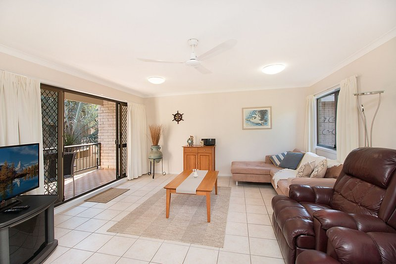 Diamond Place 4 - Direct Beach Access, vacation rental in Tugun