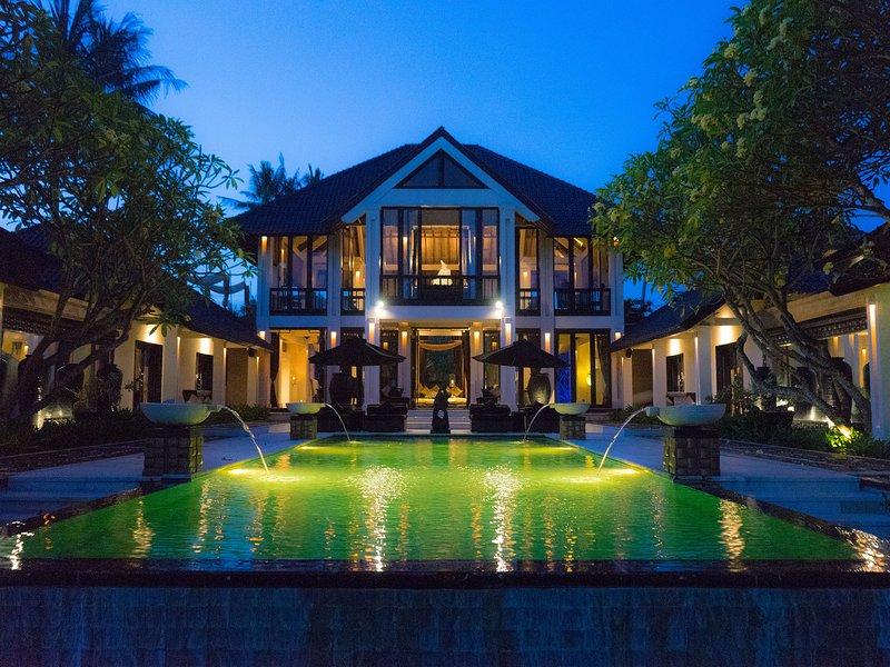 The Ylang Ylang - Villa at night