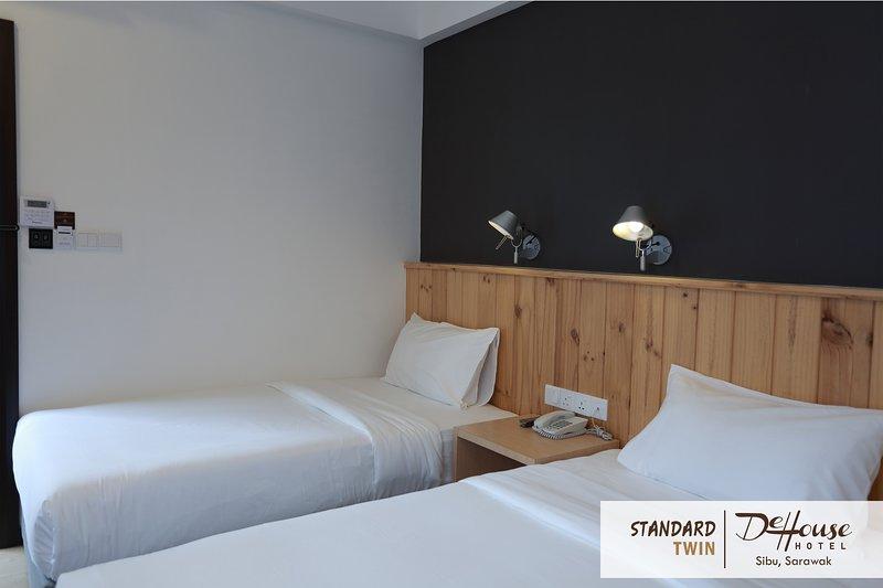 De House Hotel (Standard Twin 2), holiday rental in Sibu