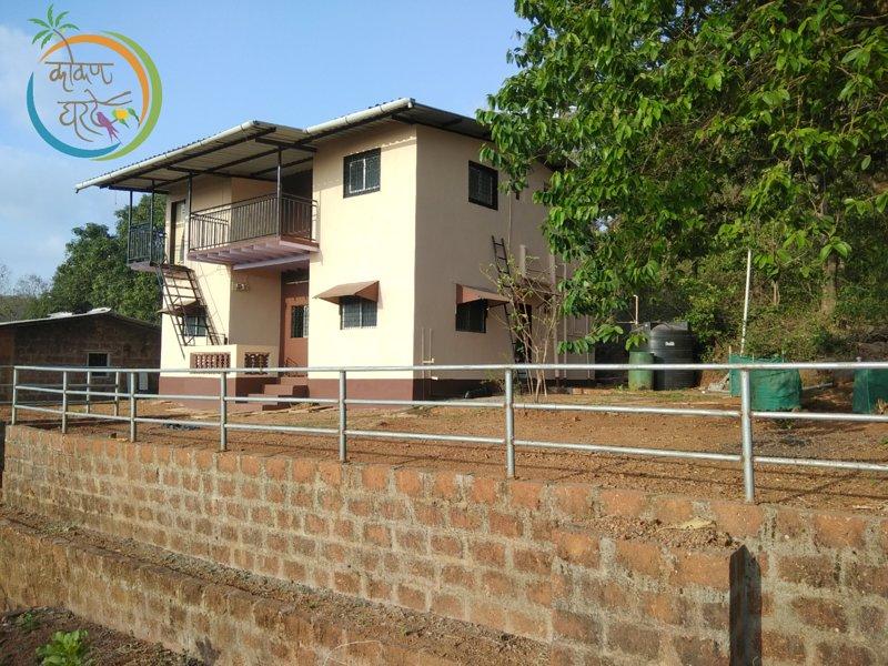 Kokan Gharte bedroom 1, aluguéis de temporada em Guhagar