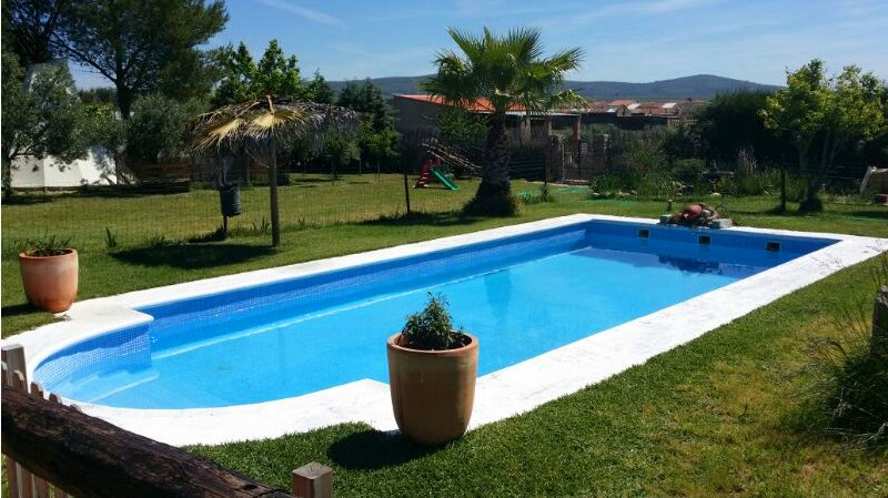 Big villa with swimming-pool & Wifi, holiday rental in Alange