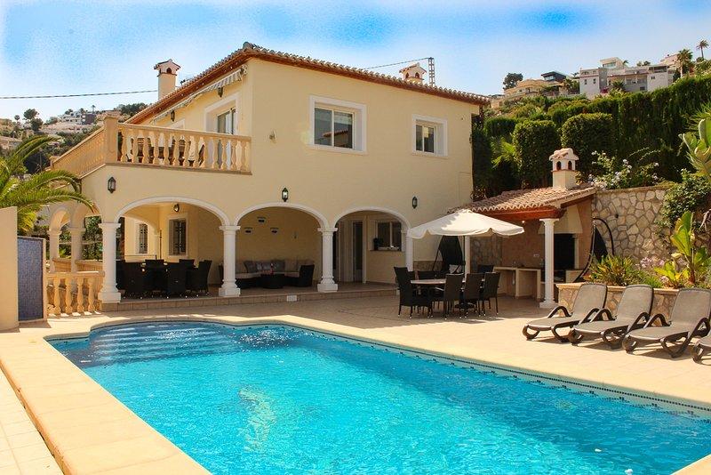5* Reviewed Villa Hermosa, aluguéis de temporada em Moraira