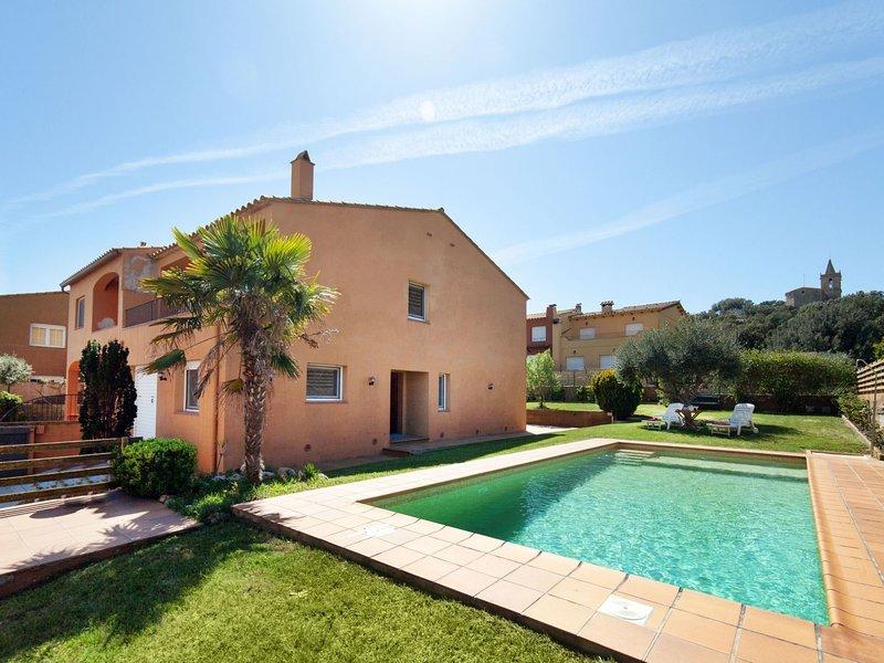 Villa Chari, holiday rental in Mont-ras