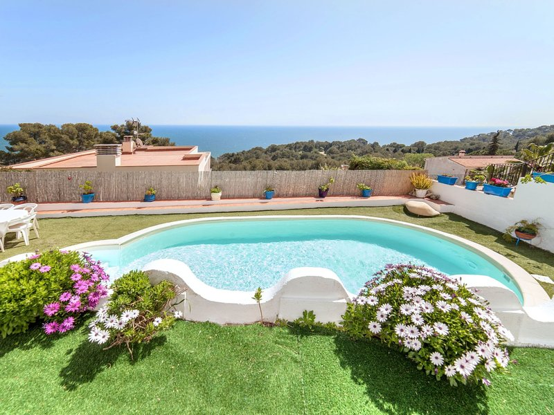 Villa Santorin, holiday rental in Blanes