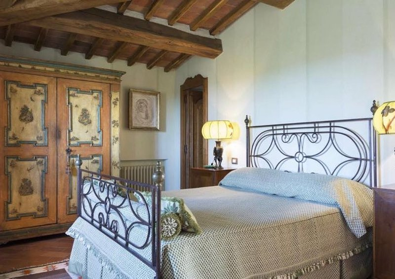Edera Suite- Tuscan Bed & Breakfast with pool: Private bedroom and bathroom, alquiler vacacional en Torre A Castello