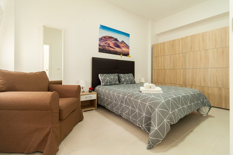 204 Bright and modern apartment in Arrecife, Lanzarote, 4 people, vacation rental in Puerto Naos