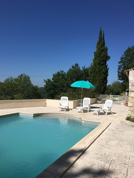 Panoramic Views & Private Pool - French tradition at its best, holiday rental in Tournon-d'Agenais