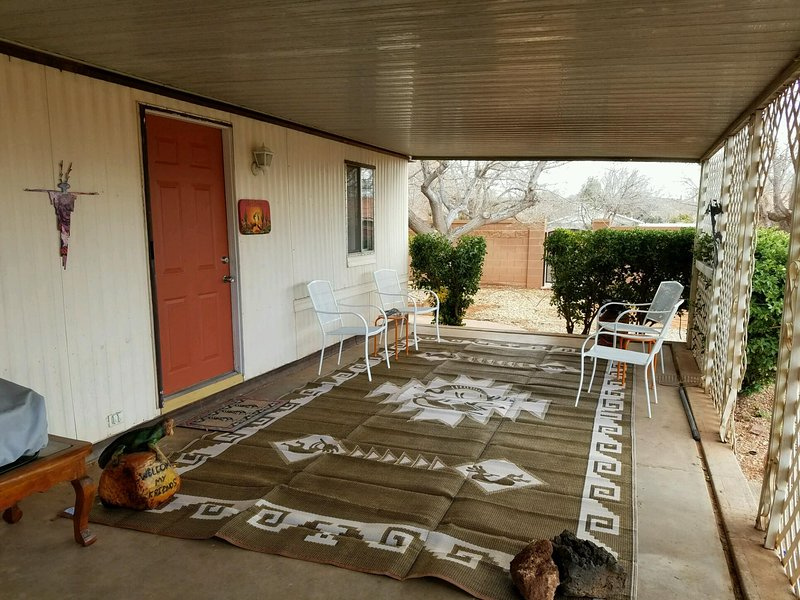Terrasse couverte 60X10 pieds.