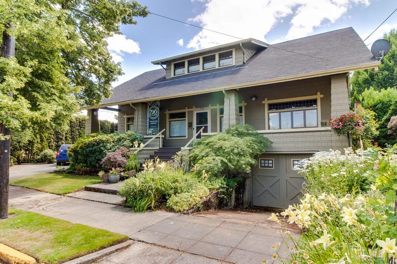Stunning And Historic Craftsman Home In The Heart Of