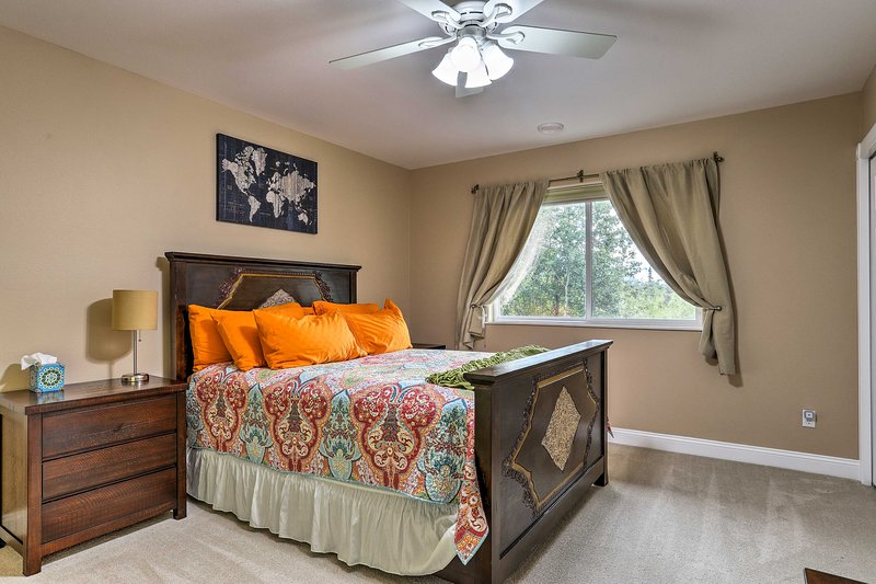 Rise and shine to ample natural sunlight entering the room.