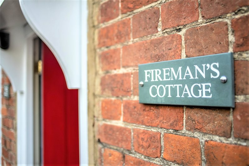 Fireman's Cottage @the Old Fire Station, vacation rental in Canterbury