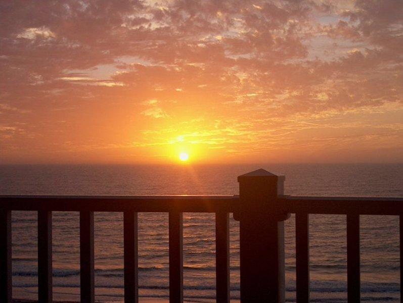 Puesta de sol garantizada todas las noches (si el clima lo permite) desde su balcón