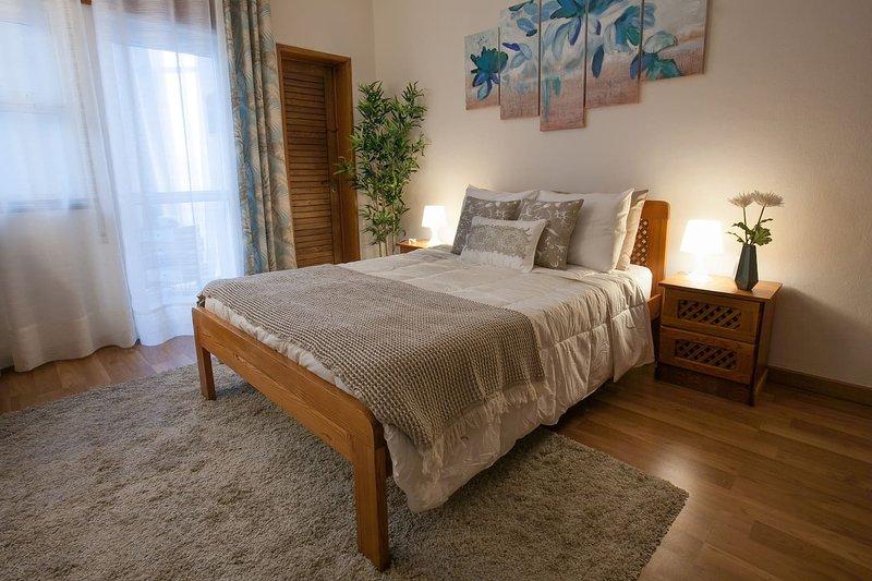 Cozy apartment by the sea and near Lisbon, holiday rental in Sao Domingos de Rana