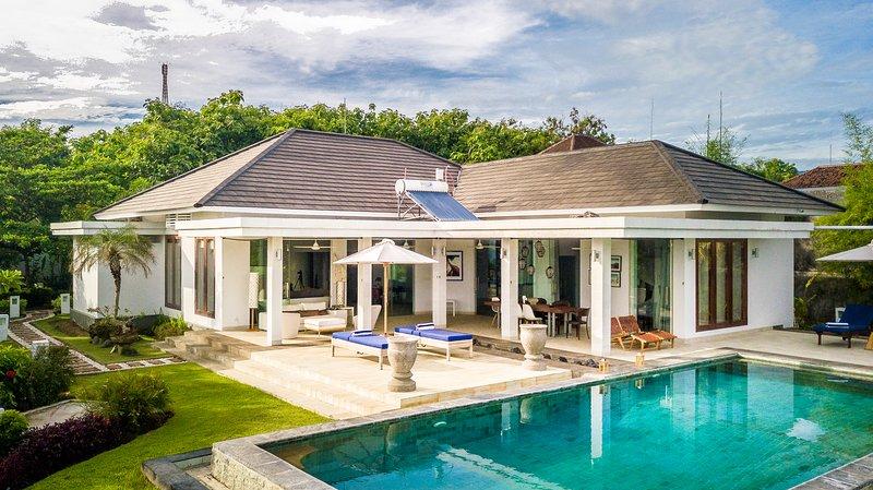 Villa Aina Lokahi: Luxury Modern Design Pool Villa With a Amazing View!, Ferienwohnung in Umeanyar