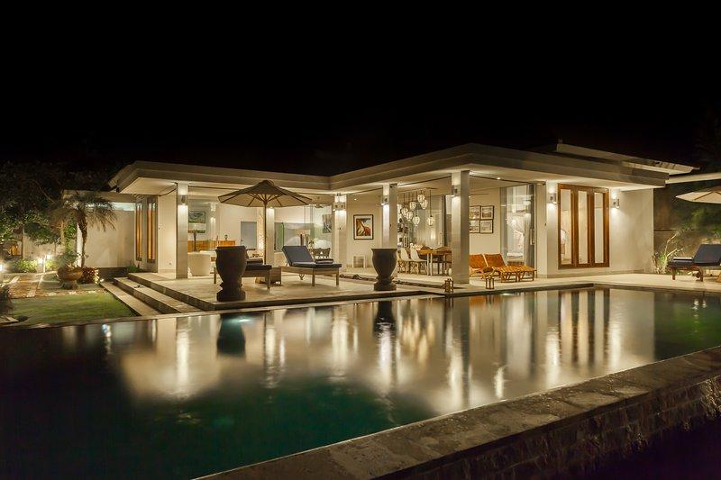 AKTUALISIERT: 2020 - Villa Aina Lokahi: Luxury Modern Design ...