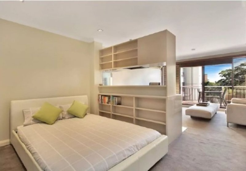 A walk to city from this 1 Br apt, casa vacanza a Kensington