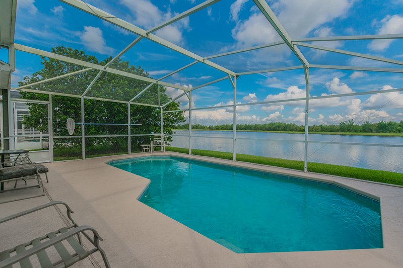 Beautiful Lake View Home Pet Friendly, 2680, vacation rental in Saint Cloud