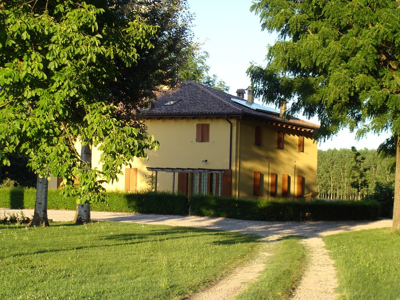 country house agriturismo del Bolognino, holiday rental in Molinella