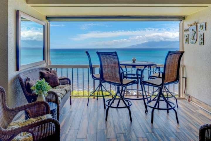 Direct Ocean Front - splendida vista sull'oceano dal vostro lanai privato - Totalmente rinnovato Mahinahina Beach!