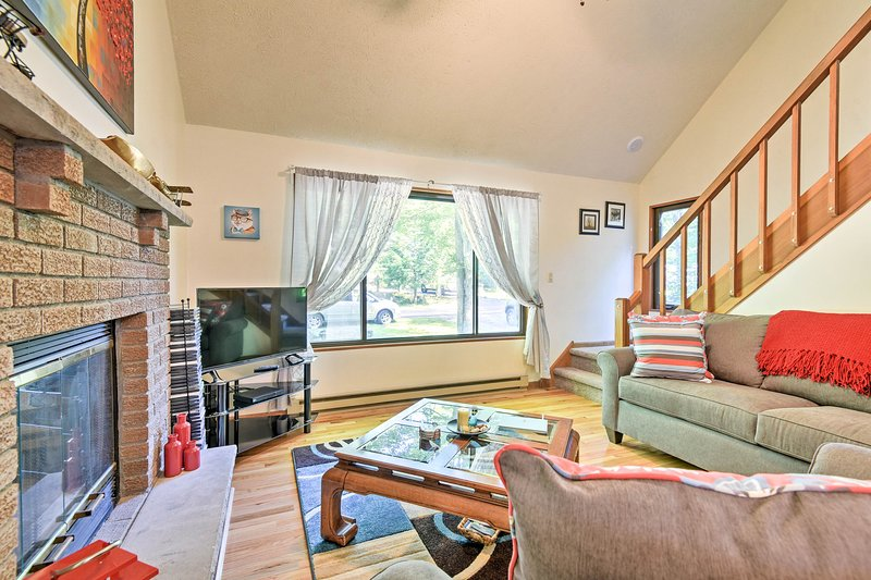 ¡Ubicada en Pocono Lake, esta casa para 6 es la escapada perfecta!