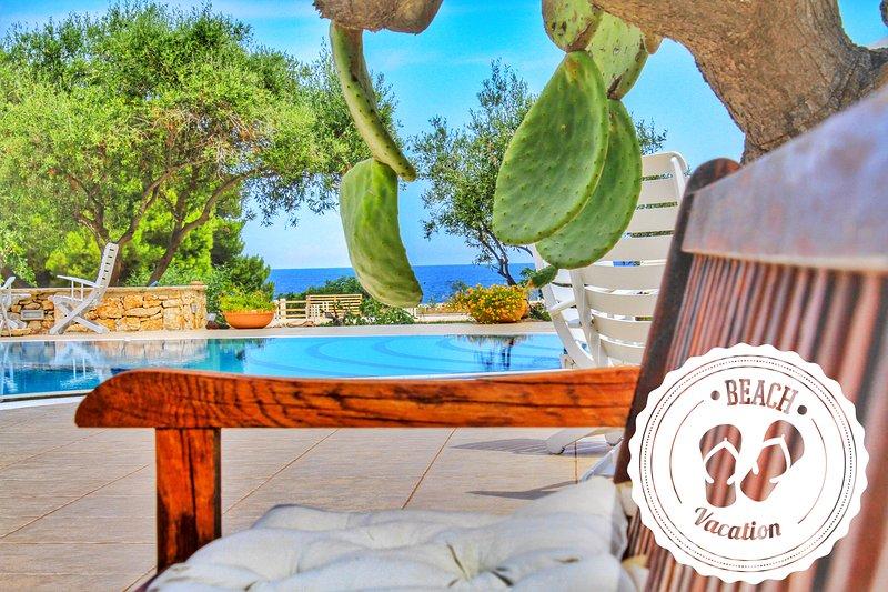 Magnificent Seaside Villa with spool & tennis, alquiler vacacional en San Vito