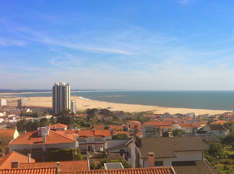 Appartement à 600m de la plage, location de vacances à Montemor-o-Velho