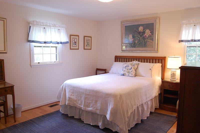 Dormitorio de la reina con almacenamiento de tocador