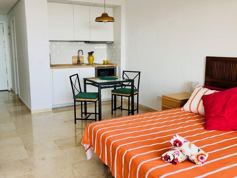 room & kitchen