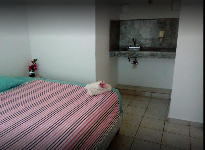 Hotel Corsario (Room 2), holiday rental in Calderitas