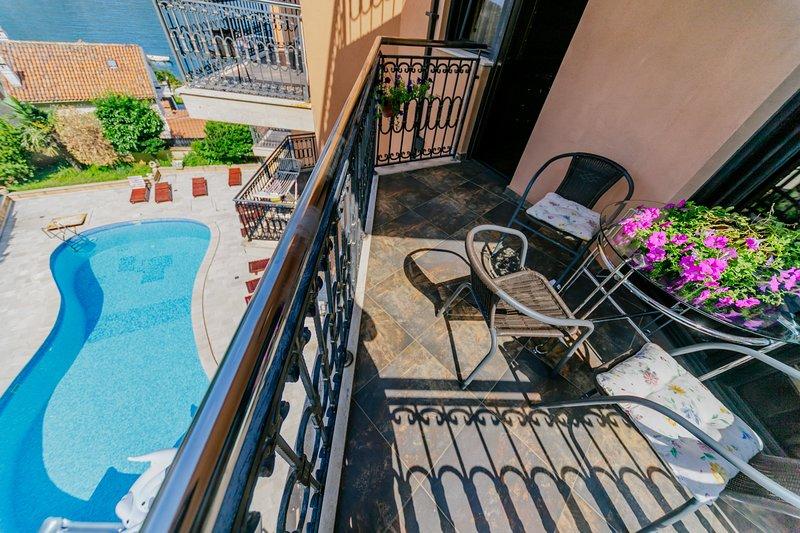 Apartment Coral T, holiday rental in Dobra Voda