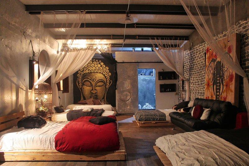 Cozy Buddha Room with Private Balcony, alquiler vacacional en Rosarito
