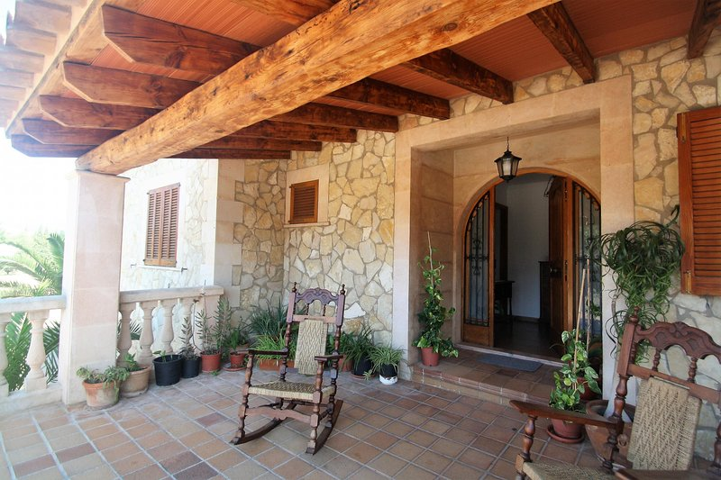 Calendar 2021 Opened- SON PAX- Rustic Villa in Palma. Private pool. Clear Views, holiday rental in Palmanyola