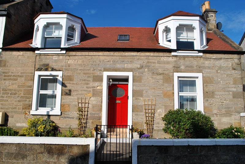 Craw's Nest Cottage- character cottage in beautiful East Neuk, vacation rental in Pittenweem