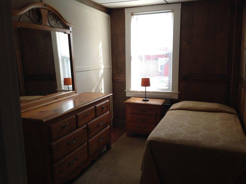 Deux chambres à deux lits