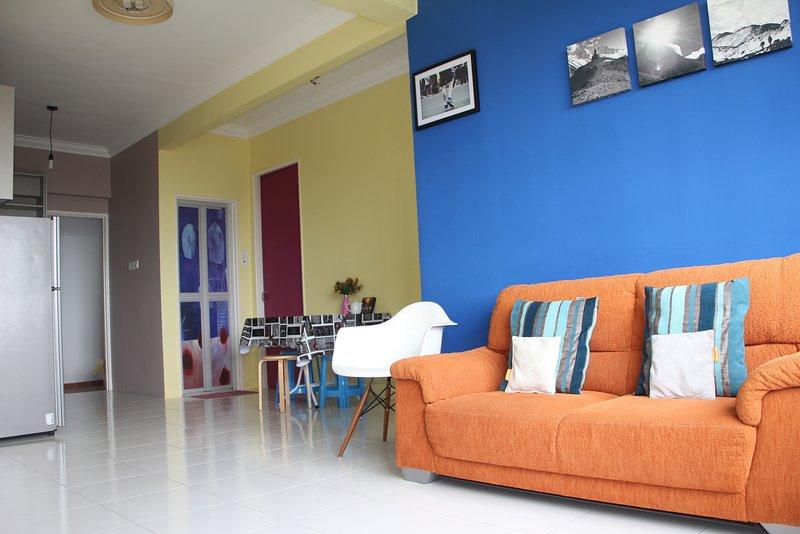 Cosmopolitan living heart of Penang near USM, vacation rental in Glugor