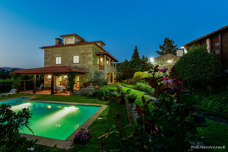 Amazing villa with swimming-pool, holiday rental in Antas