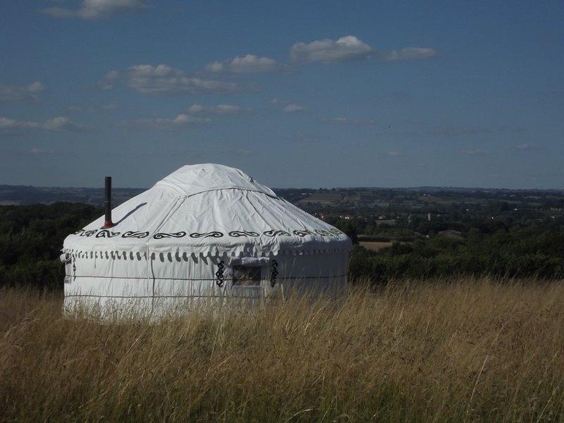Selene Yurt - Banbury Meadow luxury eco friendly  glamping Glastonbury, Ferienwohnung in Butleigh